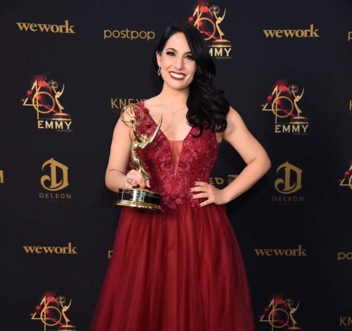Alejandra Oraa recibe su cuarto premio Daytime Emmy