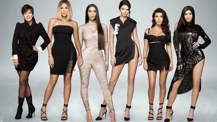 "RESEÑA – ESTRENO DE LA TEMPORADA 18 DE ""KEEPING UP WITH THE KARDASHIANS"""